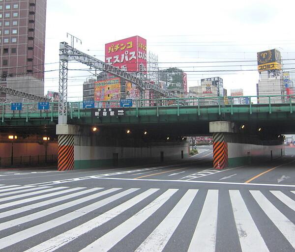 新宿の静寂