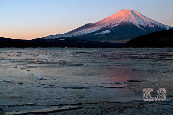 紅富士に御神渡り