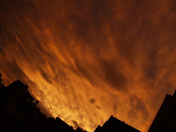 我家からの夕陽。